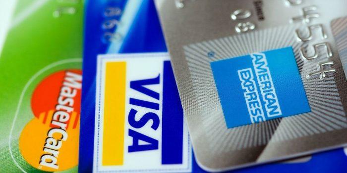 Pensa Utilizar O Cartão De Crédito Para Compras De Natal? Veja Aqui Como O Deve Fazer!